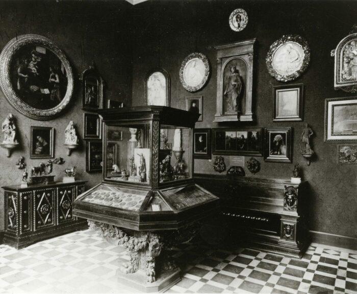 Кабинет Джеймса Симона Музей кайзера Фридриха (Музей Боде), 1904 год. \ Фото: google.com.
