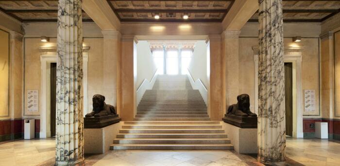 Интерьер музея Neues. \ Фото: smb.museum.