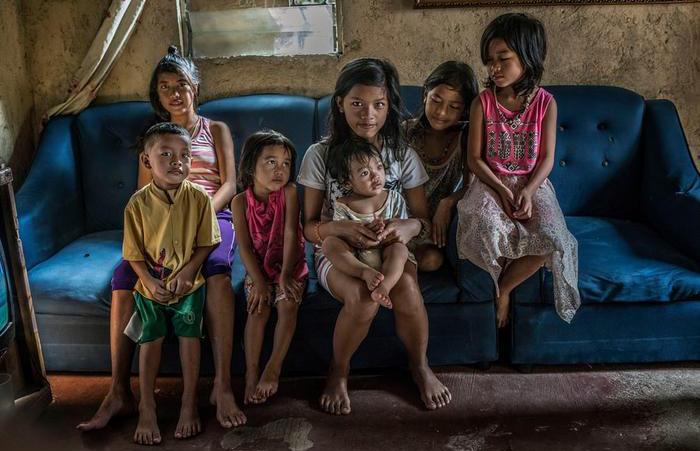 Суровая реальность: Жизнь на Филиппинах как она есть. Автор: James Whitlow Delano.