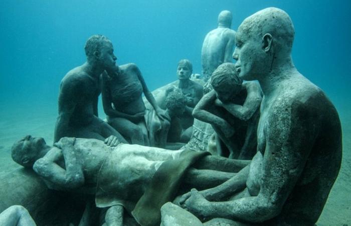 Подводный музей скульптур. Автор: Jason de Cayres Taylor.