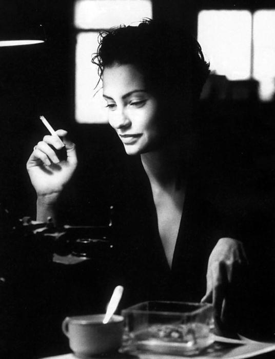 Сигареты. Автор: Jean-Francois Jonvelle.