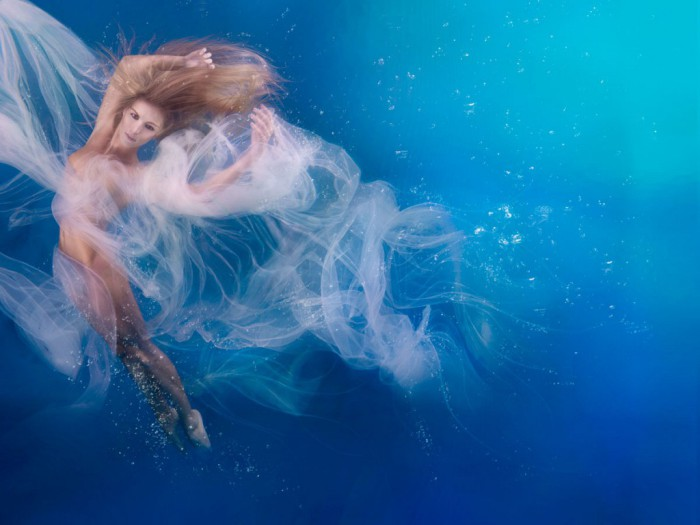 Танец. Автор фото: Дженн Бишоф (Jenn Bischof).