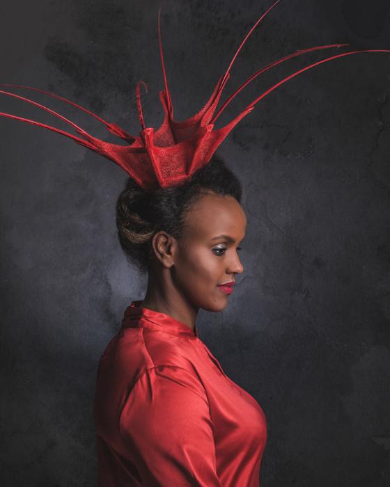 Эксклюзивные шляпки современного дизайнера Ван Нуйен. Автор: Jeroen Adema.
