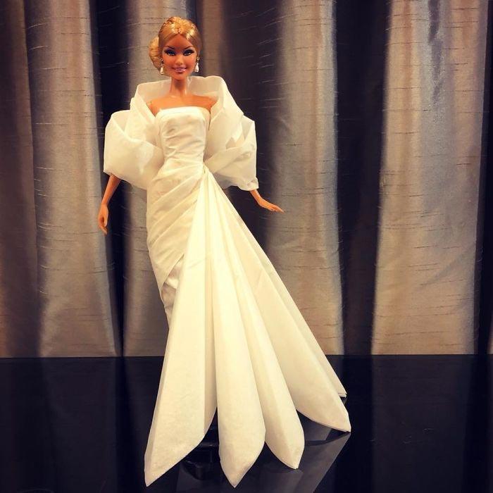 Роскошное свадебное платье для Барби. Автор: Jian Yang.