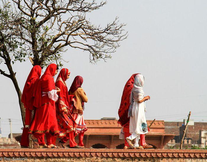 Женщины города Лахор, Пакистан. Автор фото: Тео Jioshvili.