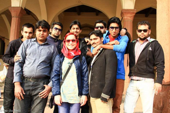 Современные жители города Лахор, Пакистан.