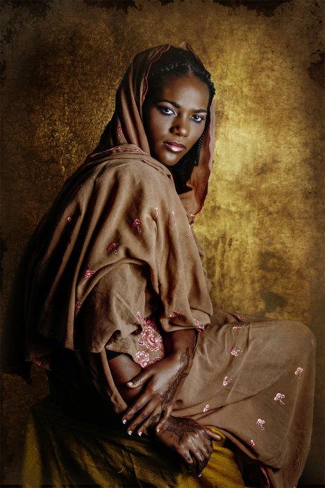 Роскошные одежды суданских женщин. Автор: Joana Choumali.