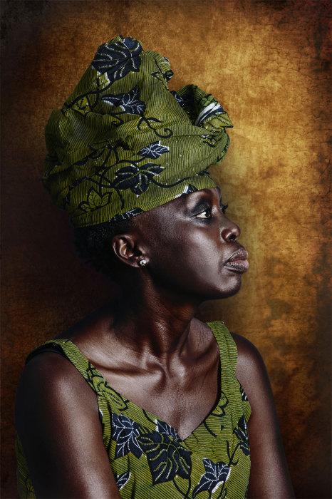 Наряды женщин Apollo Akan. Автор: Joana Choumali.