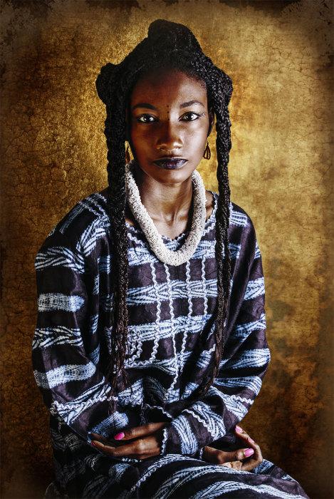 Традиционные одежды Peulh Guinea. Автор: Joana Choumali.