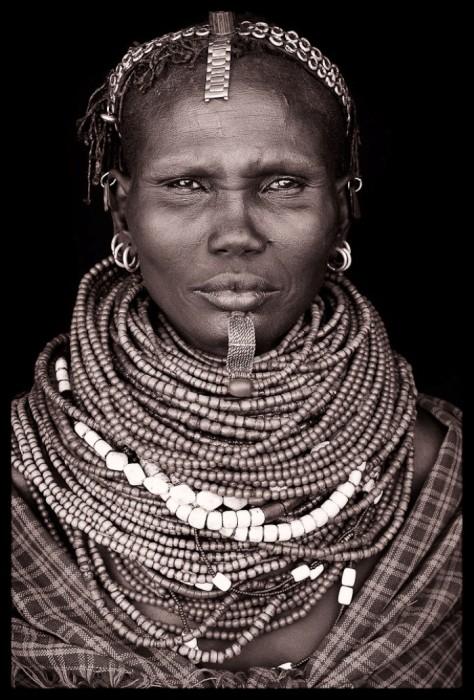 Жительница долины Омо, Эфиопия. Автор: John Kenny.
