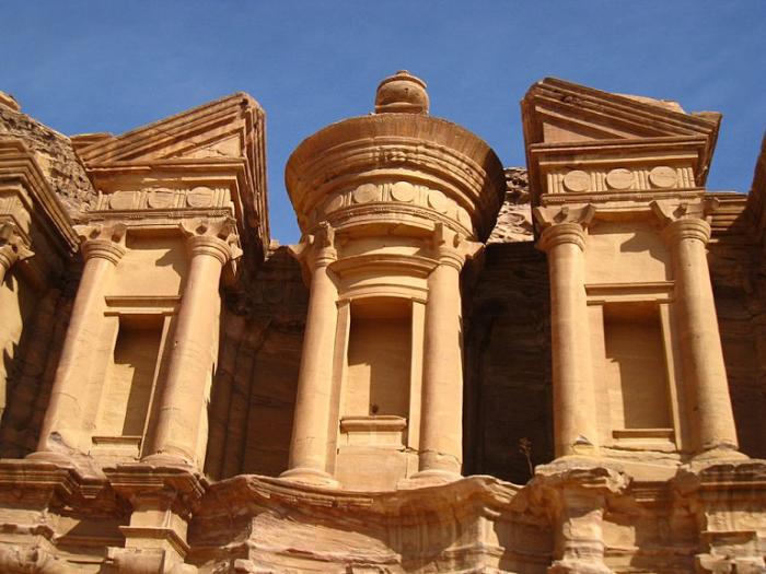 Великолепная архитектура древнего города. Иордания.