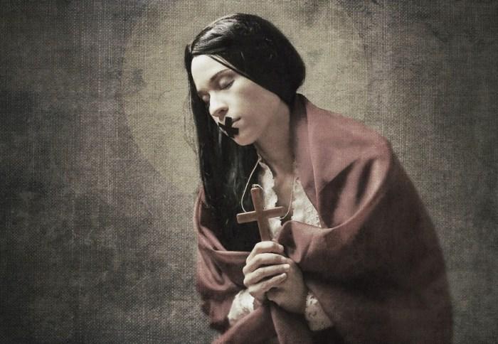 Иллюзорно-провокационные работы Жозефины Карди (Josephine Cardin).