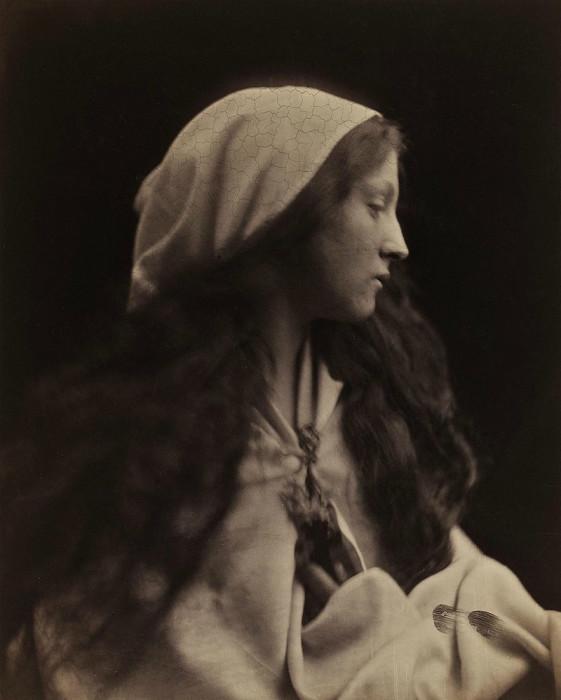 Портрет девушки. Автор: Julia Margaret Cameron.