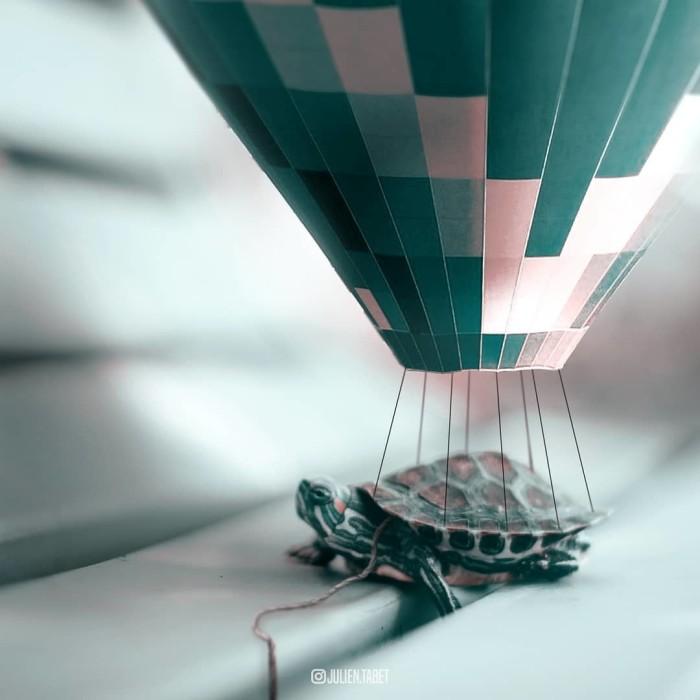 На большом воздушном шаре. Автор: Julien Tabet.