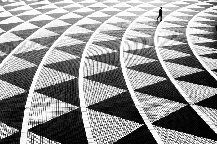 Треугольники. Автор фото: Джуничи Хакояма (Junichi Hakoyama).