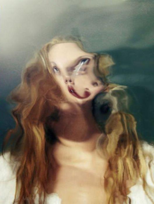 Обретая истинное лицо. Автор фото:  Kalliope Amorphous.