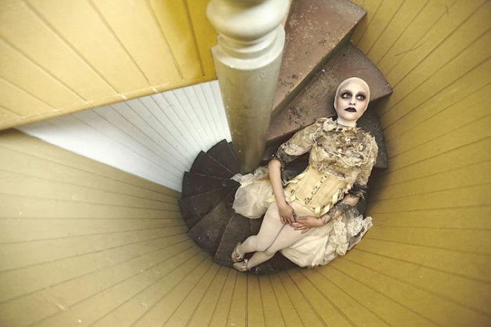 Сломанная кукла. Автор: Karen Jerzyk.
