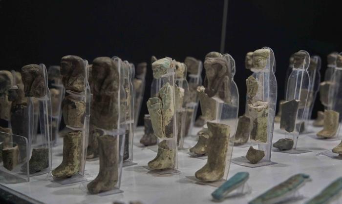 Артефакты, выставленные в Луксорском музее, спасены с использованием передовых технологий реставрации.