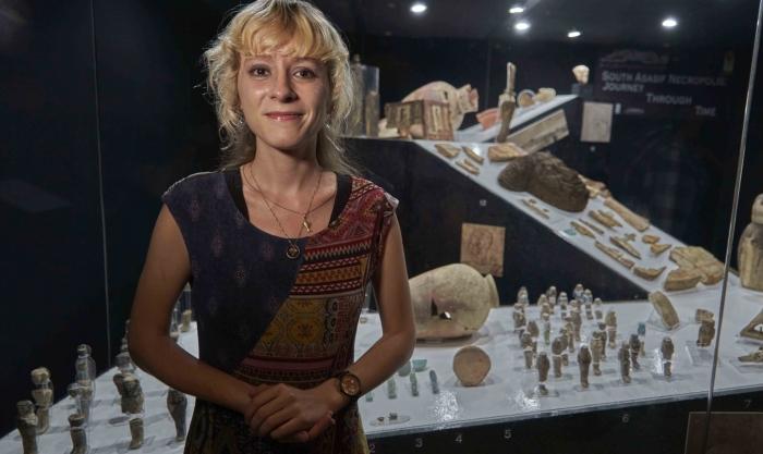 Кэтрин Блейкни - американский режиссёр, организовавшая показ экспонатов в Луксорском музее.