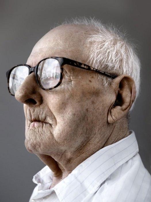 Курт Циземанн. Дата рождения: 5 декабря 1903 года.