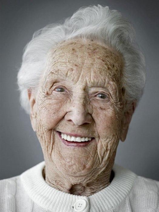 Эрна Калис. Дата рождения: 6 сентября 1908 года.