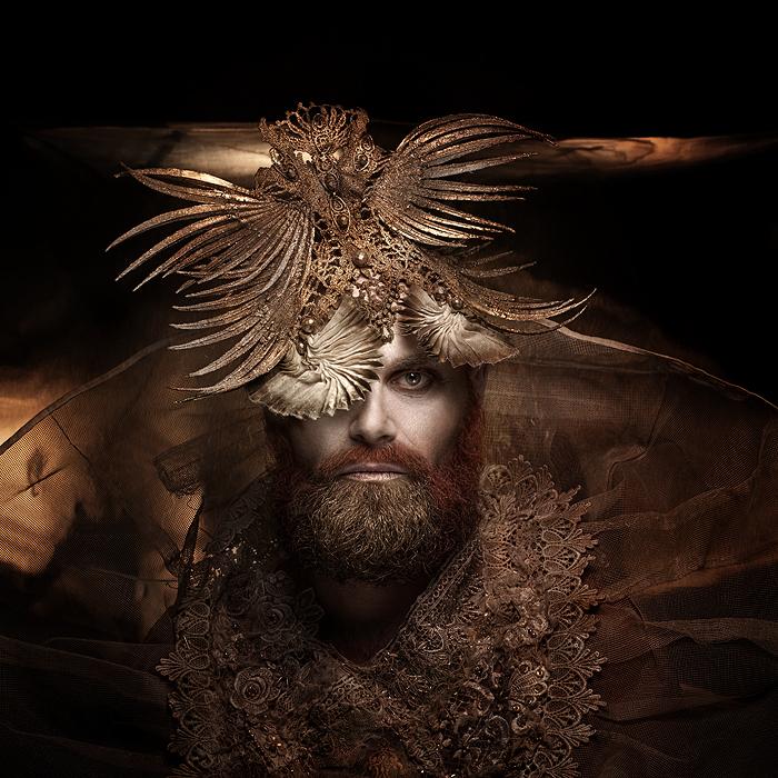 Костюм и головной убор. Автор работ: дизайнер-модельер Катажина Конежка (Katarzyna Konieczka).