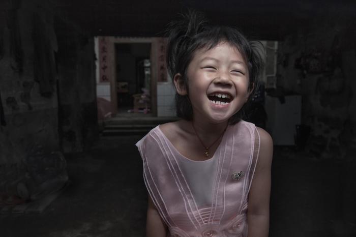 Не скрывая эмоций. Китай. Автор работ: Кен Коскела (Ken Koskela).