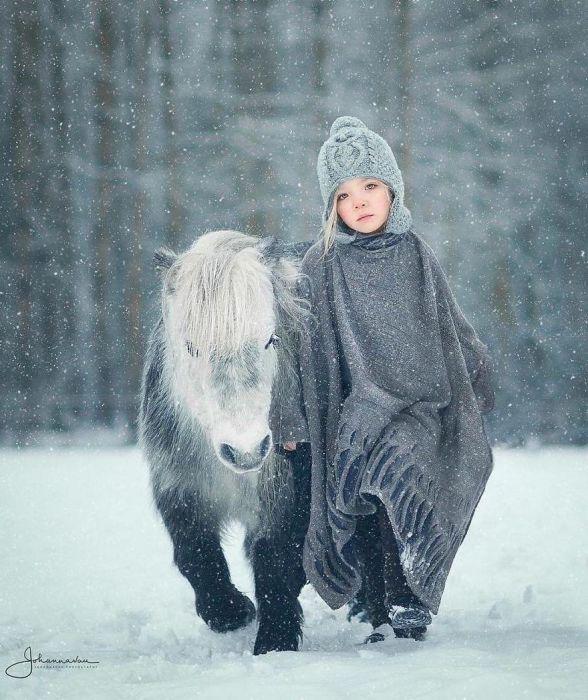 Однажды, в студёную зимнюю пору.