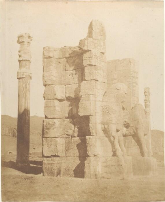 Фотография Ворот всех наций, Луиджи Пеше, 1840-60-е годы. \ Фото: commons.wikimedia.org.