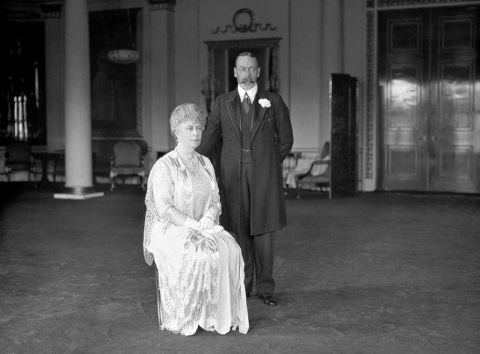 Королева Мария и Король Георг V. \ Фото: