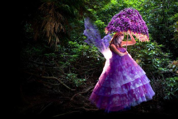 Цветочный зонтик. Автор: Kirsty Mitchell.