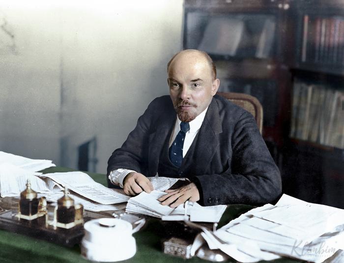 Ленин, 1918 год. Автор: Ольга Ширнина.