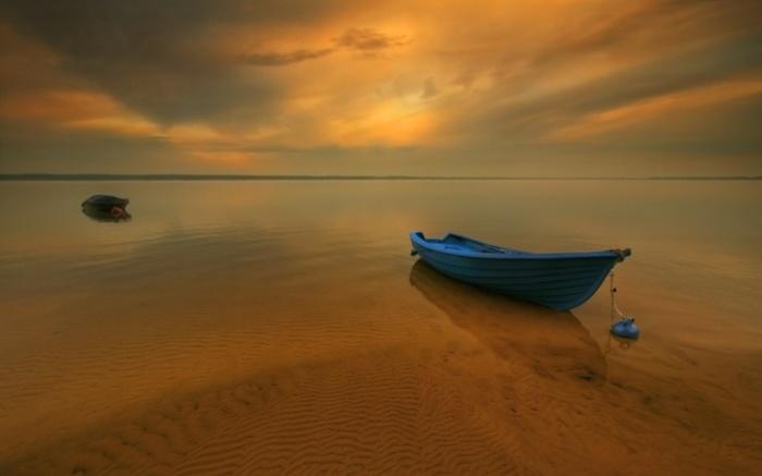 Лодка. Автор: Krzysztof Browko.