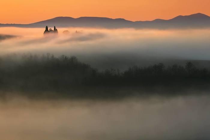 Туманная пелена. Автор: Krzysztof Browko.