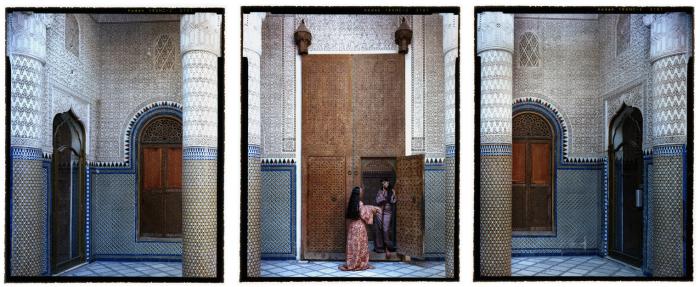 Во власти гарема. Автор работ: марокканская художница Лала Эссаиди (Lalla Essaydi).
