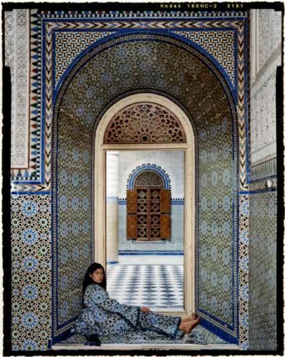 Обреченность. Автор работ: марокканская художница Лала Эссаиди (Lalla Essaydi).