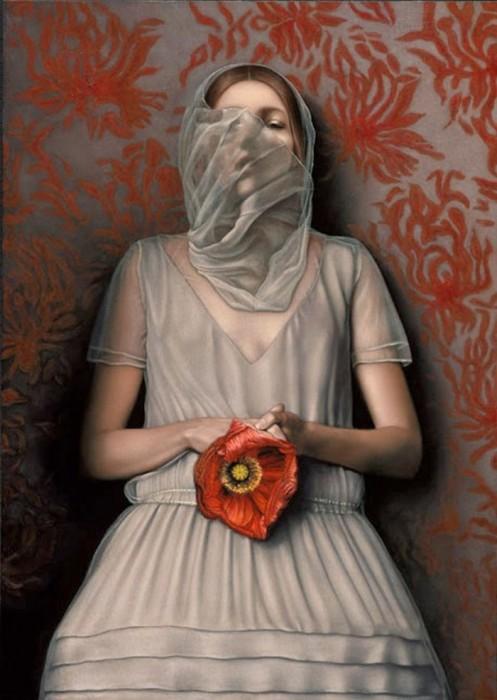 Девушка с маковым цветком. Автор: Лариса Морейс.