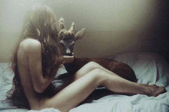 Возлюбленный. (Lovers). Автор фото: Лаура Макабреску (Laura Makabresku).