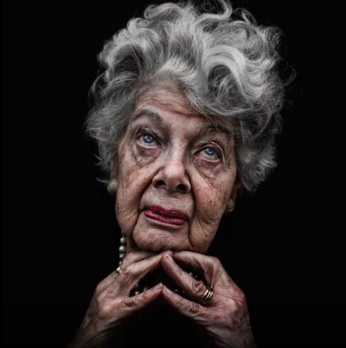Портрет бездомной женщины. Автор: Lee Jeffries.