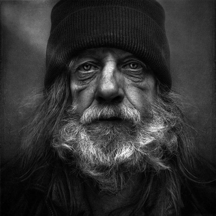 Портрет бездомного мужчины. Автор: Lee Jeffries.