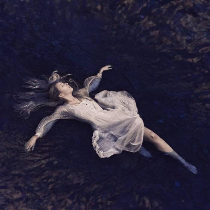 Я нуждаюсь в воде. Автор: Leigh Eros.