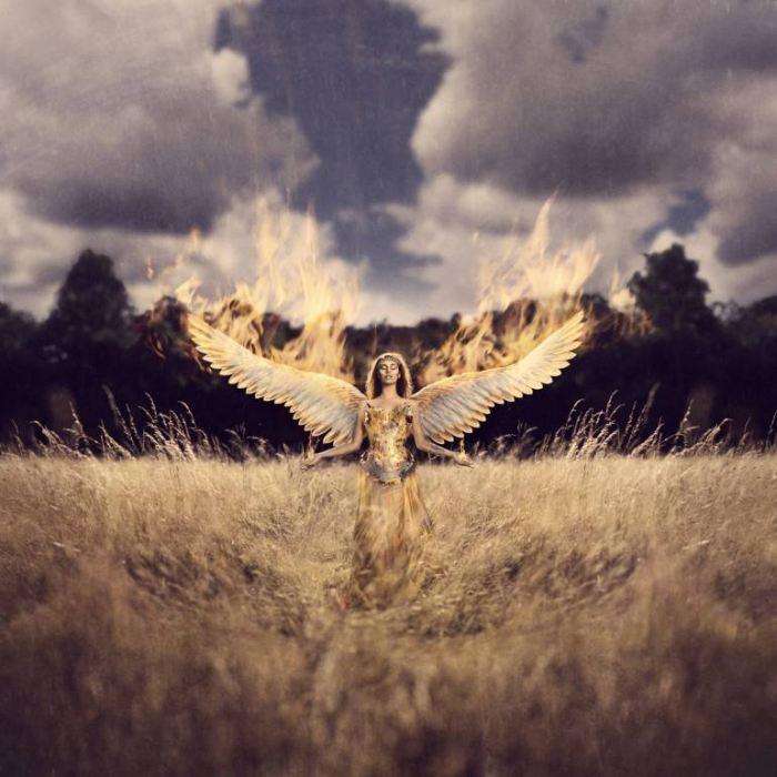 Рождённая из огня и пепла. Автор: Leigh Eros.