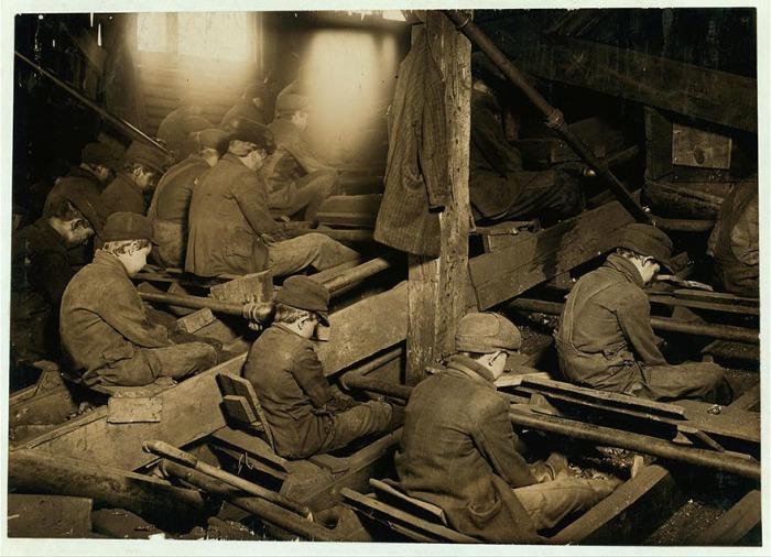Угледобывающая промышленность в Пенсильвании. Автор фото: Льюис Хайн (Lewis Hine).