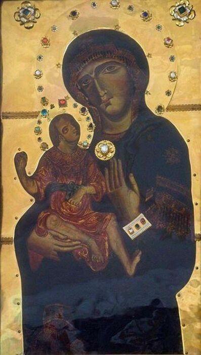 Благодатный образ Богоматери с младенцем. \ Фото: google.com.