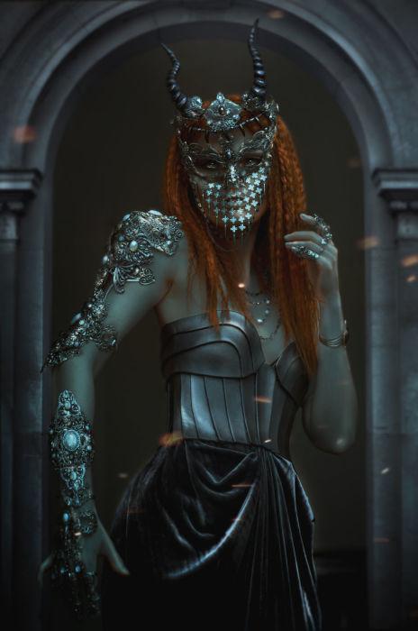 Хранитель дракона. Автор: Lillian Liu.