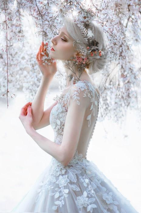 Зимняя свадьба. Автор: Lillian Liu.