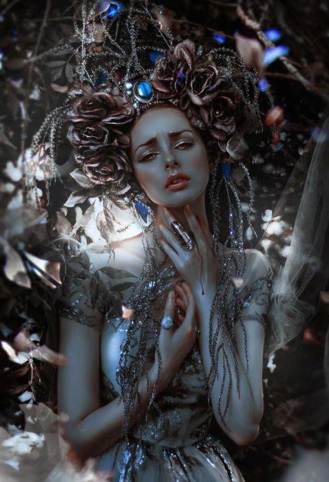 Любовь, которая кровоточит в горле. Автор: Lillian Liu.
