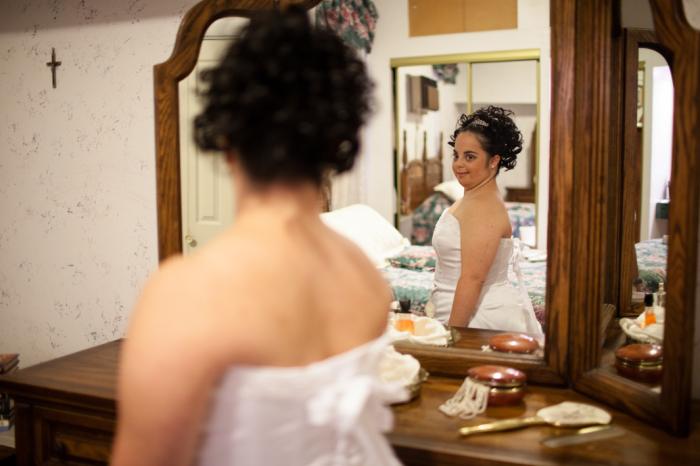 Почувствовать себя невестой в свой 25-й день рождения. Авторы фото: Lindsay Morris.