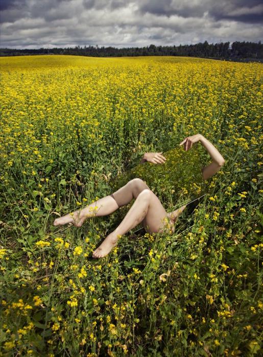 Цветочные объятия. Автор: Loreal Prystaj.