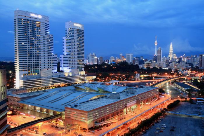 Прогулки по ночным улицам Куала-Лумпур. Малайзия.